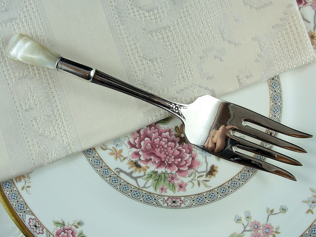 ANTIQUE LARGE SILVER SERVING FORK LUSH MOTHER of PEARL HANDLE