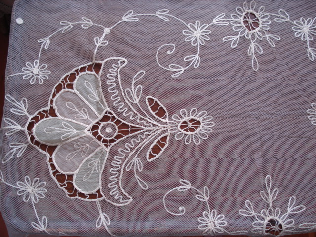 ANTIQUE FRENCH NETTED LACE TAMBOUR WORK RUNNER LOVELY