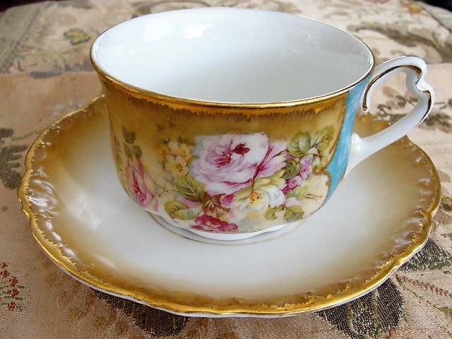 BEAUTIFUL Victorian Teacup and Saucer Pink Roses Lush Cabinet Cup and Saucer Tea Time China