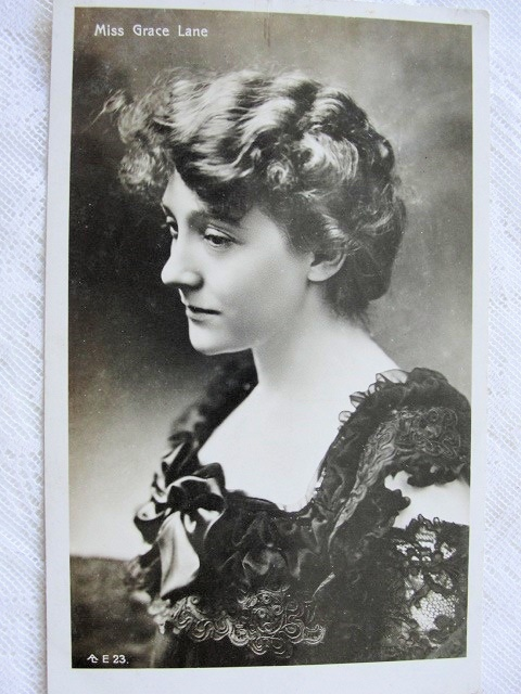 1906 BEAUTIFUL REAL PHOTO OF STAGE THEATRE ACTRESS MISS GRACE LANE LOVELY FASHION STUDY