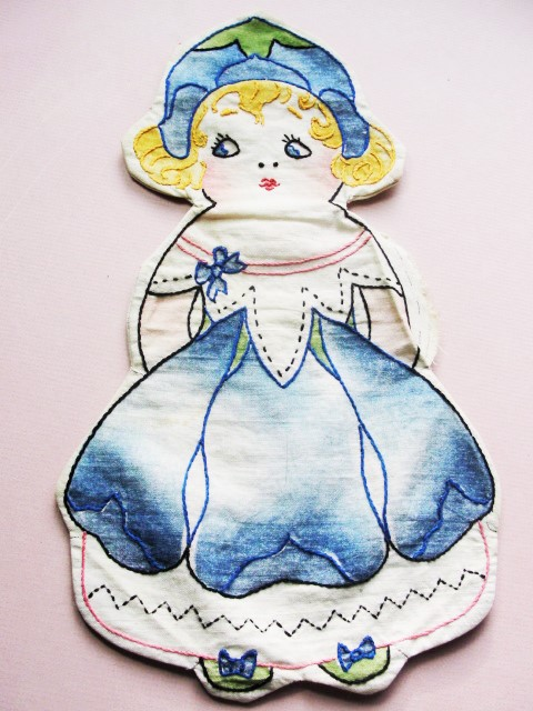 Vintage 1930s VOGART Figural Doll Cushion Cover Cloth Toy Doll Cute Dutch Girl n Dolly Hand Embroidery Shabby Chic Cottage Decor Cloth Toys
