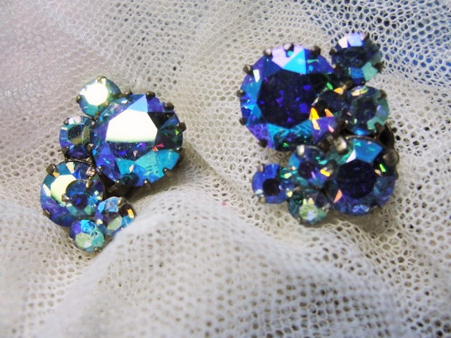 DAZZLING Signed Triad Vintage 50s Clip On Earrings BLUE Aurora Borealis Rhinestones Gorgeous Timeless Design Vintage Costume Jewelry