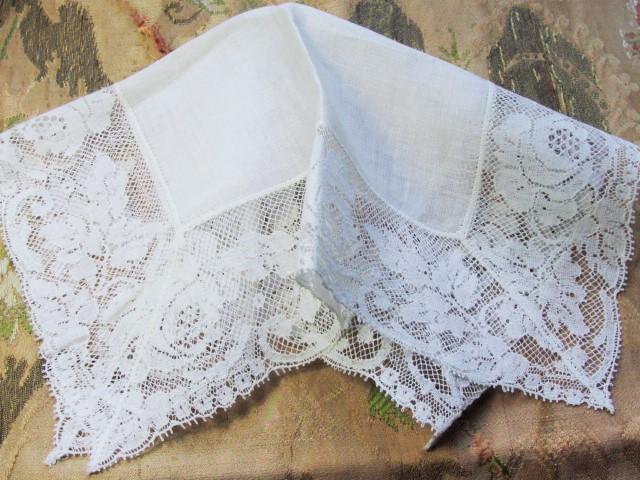 Beautiful Vintage Lace Hankie Bridal Wedding Handkerchief French Wide Roses Hanky