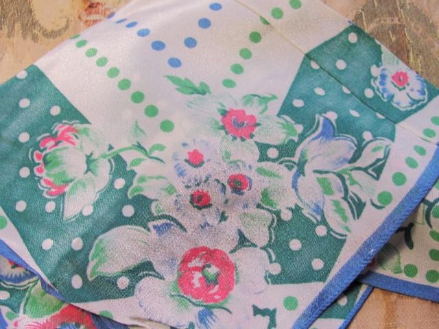 LOVELY Vintage 30s ART DECO Silky Printed Floral Hanky Pretty Flowers Hankie Polka Dots Handkerchief