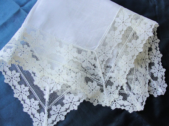 Beautiful Vintage Lace Hankie BRIDAL WEDDING HANDKERCHIEF French Wide Lace Bridal Hanky