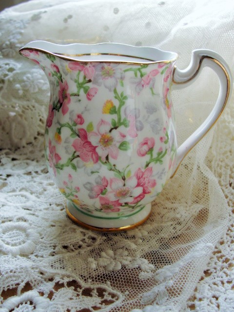 SWEET Vintage CHINTZ English Bone China Cream Jug Creamer May Medley Royal Standard China Romantic Cottage Brocante Decor Tea Table, Bridal Showers,Weddings