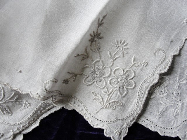 1930s Vintage MADEIRA Hand Embroidered Hankie Handkerchief White Work Seed Embroidery Floral  Wedding Bridal Bridesmaids Special Hanky