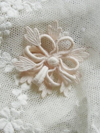 ANTIQUE 1920s Swiss Lace Flower Applique Flapper Floral SalesMans Sample Millinery Hats Bridal Vintage Wedding