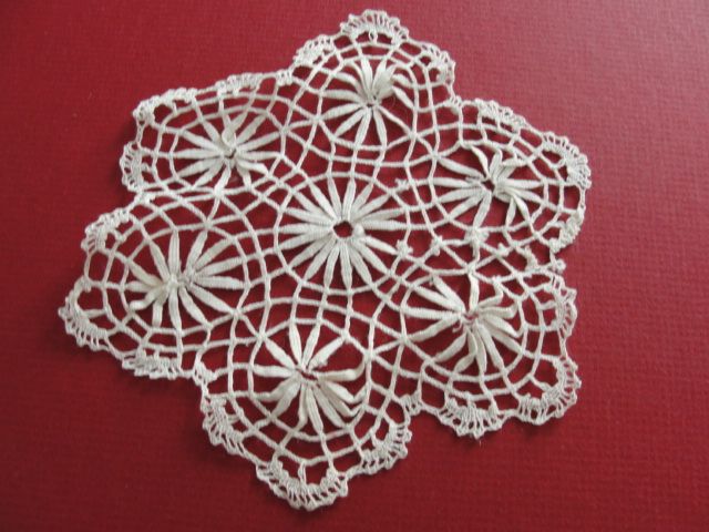 LOVELY Vintage Small Bobbin Lace Doily Very Pretty Handwork Perfect For Lace Doilies Collection or Give As Gift To Lace Doily Collector