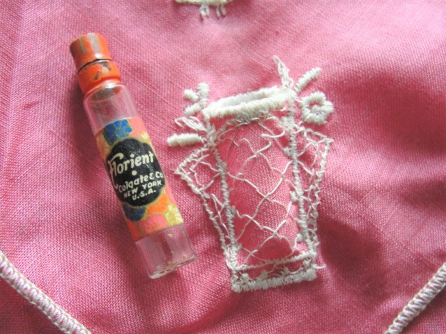 RARE Vintage Novelty Hanky Mini PERFUME Glass Bottle FLORIENT Colgate 1920s Flapper Hankie Handkerchief Vintage Hankies Perfume Collector