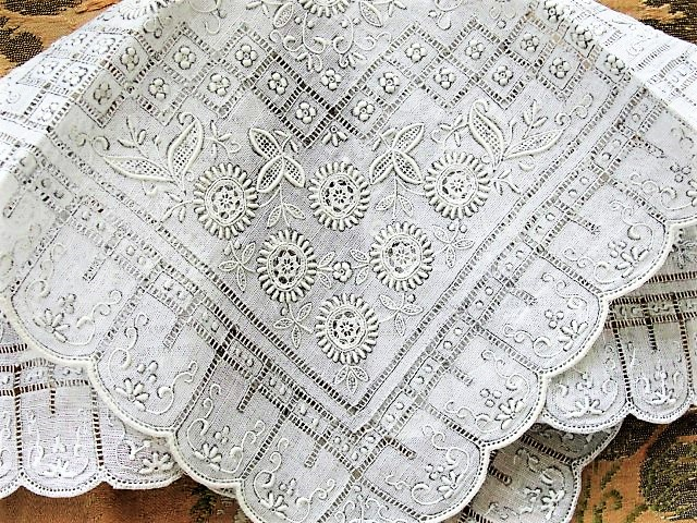 GORGEOUS Appenzell WEDDING Hanky Needle lace Inserts Handkerchief Bridal Hankie Stunning Raised Embroidery, for Collector or Bridal Heirloom