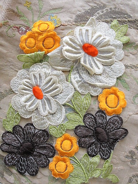 LOVELY Intricate Embroidered Vintage APPLIQUE Autumn Color Flowers Corsage Large Trim Hats,Wedding Bridal, Flapper Clothing Etc