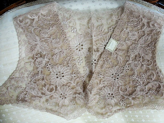 GORGEOUS 20-30s French Lace Bolero Collar Capelet Tambour Embroidered Lace Flowers Gatsby Flapper Downton Abbey Bridal Lace Vintage Clothing