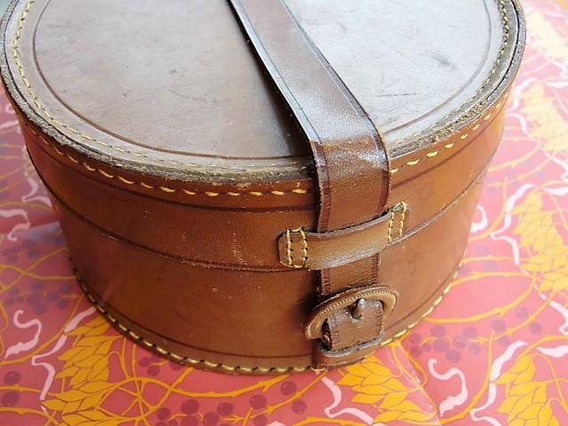 Antique Victorian English Gentleman LEATHER Travel Collar Box Ralph Lauren Style Mens Travel Accessory Case  Cuff Link  Jewel Box