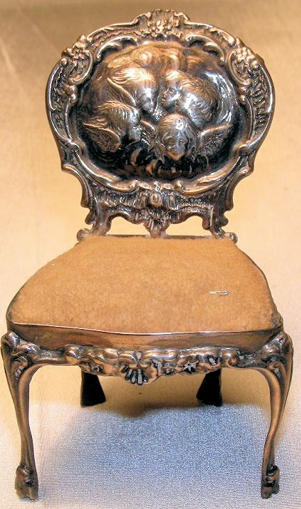 ANTIQUE ENGLISH CHERUBS ANGELS PINCUSHION CHAIR RARE
