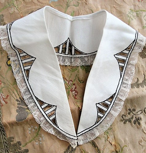 Antique ART DECO Collar Intricate French Lace Trim Lovely Design Downton Abbey Gatsby Bridal Vintage Clothing