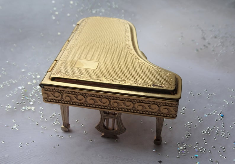 RARE Figural Powder Compact,Pygmalion Piano Compact,Novelty Collectible,Folding Legs,Grand Piano,Purse Compact,Collectible Powder Compacts