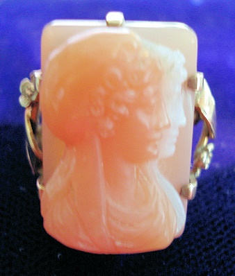 RARE DOUBLE CAMEO HARDSTONE ANTIQUE RING