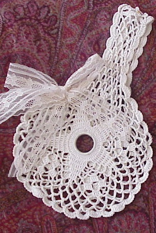 BEAUTIFUL VICTORIAN HAND CROCHET PURSE
