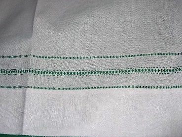 ELEGANT VINTAGE  PAIR of  PILLOWCASES DRAWNTHREAD