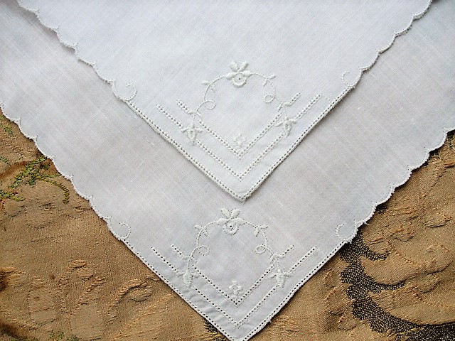 VINTAGE Wedding Handkerchief Drawn Thread and Raised WhiteWork Embroidery Beautiful Bridal Hankie Stunning Madeira Linen Hanky