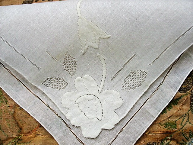 Lovely Vintage Madeira Embroidered Applique Hankie BRIDAL WEDDING HANDKERCHIEF Exquisite HandWork Special Bridal Hanky Something Old