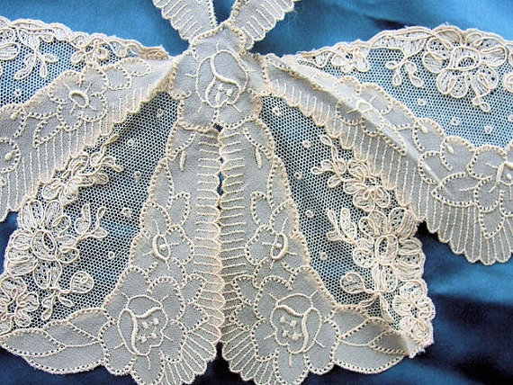 20s Antique DECO French Tulle Net Lace Embroidered ROSES Silk Crepe Collar Applique Flapper Downton Abbey Gatsby Bridal Vintage Clothing