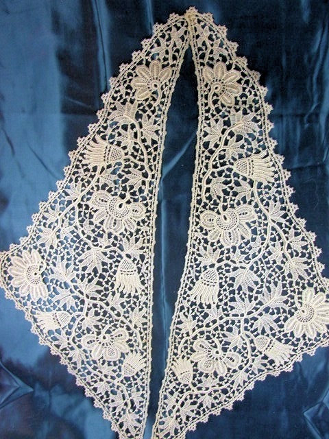 Antique Fine Lace Collar Intricate Lace Pattern Applique Flapper Downton Abbey Gatsby Bridal Vintage Clothing