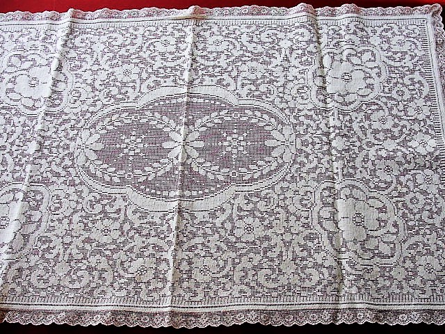1930s BEAUTIFUL Vintage Lace Runner or Dresser Scarf Ivory Lace Floral Pattern Highly Decorative Romantic Home Chic Cottage Boudoir Decor Vintage Lace and Linens
