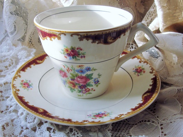 CHARMING Vintage Art Deco Myott English Tea Cup and Saucer for Bridal Luncheons,Showers,Hostess Gift, Bridesmaid Gift, Wedding, Tea Party