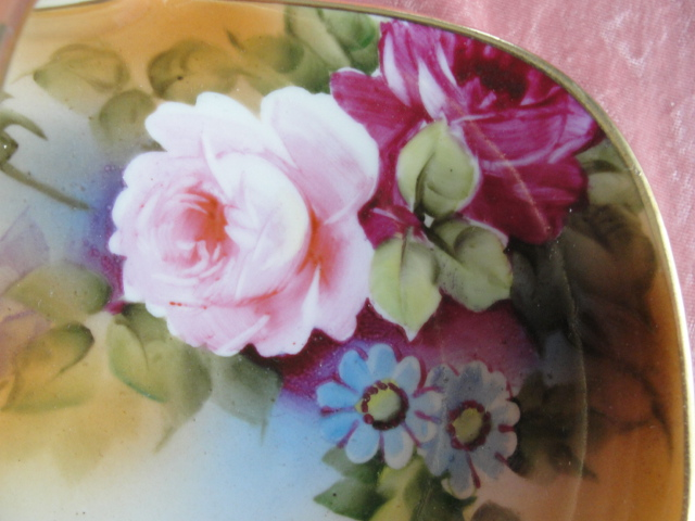FABULOUS Antique NIPPON Handled Basket Dish Gorgeous Hand Painted Rich PINK ROSES Flowers Lush Gold Handle Highly Decorative Porcelain Handled Basket Collectible Nippon China
