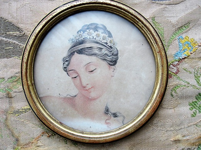 ANTIQUE Brocante 1820s Framed French Engraving Print Highly Decorative Round Gilt Frame Original Ornate Fabric Back