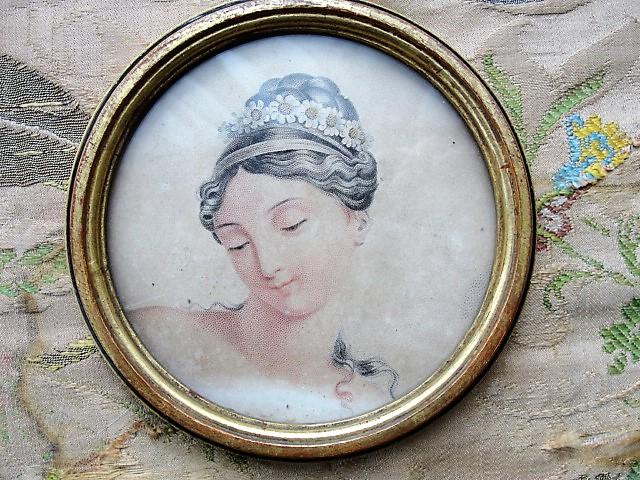 ANTIQUE Brocante 1820s Framed French Engraving Print Highly Decorative Round Gilt Frame Original Ornate Fabric Back