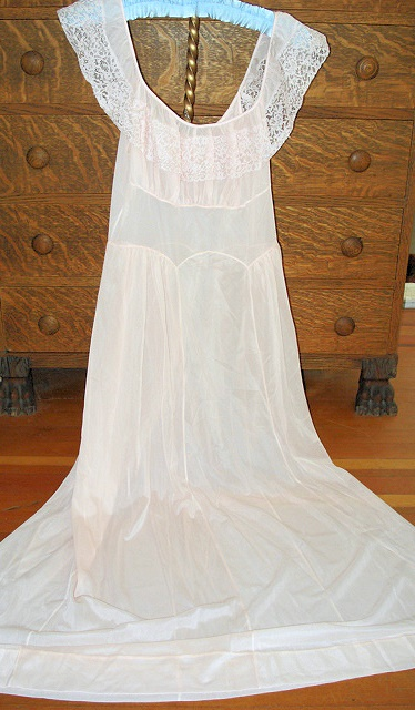 VINTAGE NIGHTGOWN BABY PINK NYLON and LACE