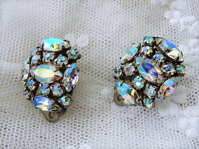 DAZZLING Signed SHERMAN Sparkling Aurora Borealis Rhinestone Clip On Earrings Vintage Costume Jewelry