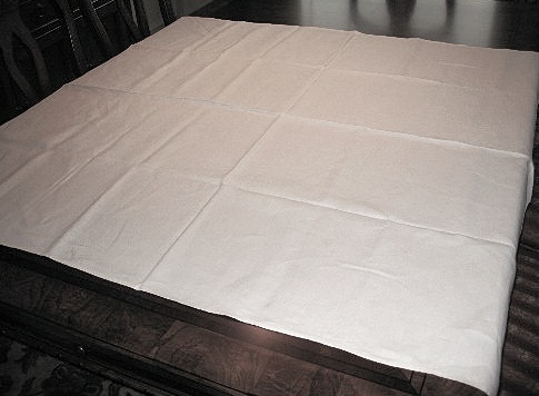 VINTAGE PURE WHITE LINEN TABLECLOTH