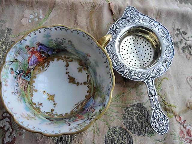 ANTIQUE Art Nouveau Silver Tea Strainer,Floral Repouss� Loose Tea Strainer,Vintage Tea Time,Tea Making,Tea Leaf Strainer Tea Collectible