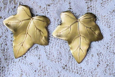 1920s  LARGE LEAF MOTIF SHOE or DRESS CLIPS