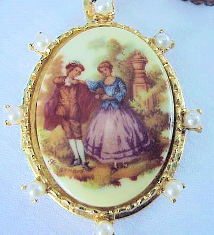 VINTAGE COSTUME LOVE STORY LARGE LOCKET PENDANT, EARRINGS SET